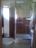 - dom_pod_klonami_m5.jpg